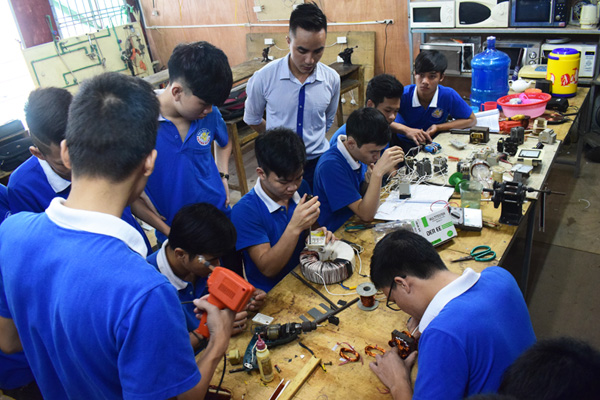 Dạy nghề sửa chữa điện dân dụng tại Dạy nghề Thanh Xuân